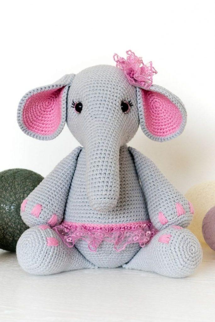 Free crochet elephant pattern (5)