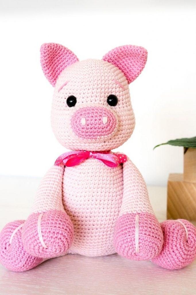 Free crochet pig pattern (5)