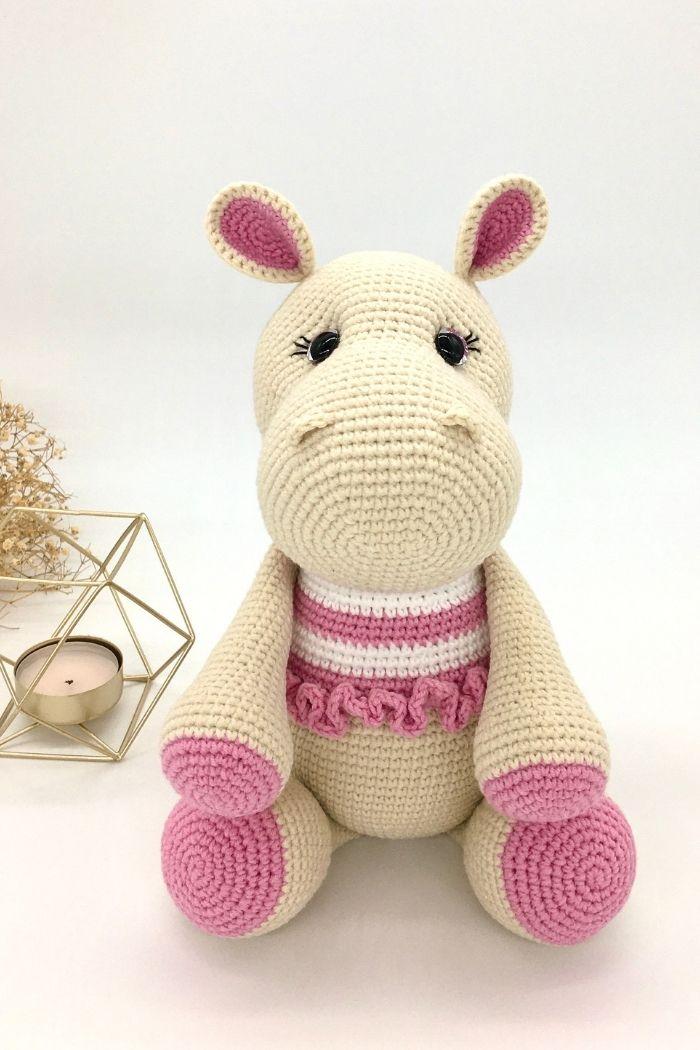 Free crochet hippo pattern, free Amigurumi hippo pattern by Cuddly Stitches Craft (9)