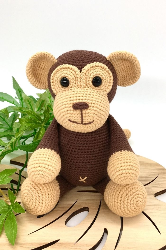 Free crochet monkey pattern, free Amigurumi monkey pattern by Cuddly Stitches Craft (3)